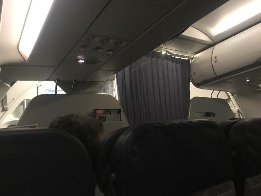 UIO-cabin pre landing - 1